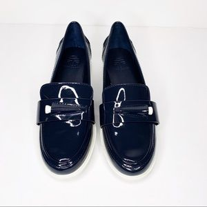 46af0d899c8 Tory Burch Shoes - TORY BURCH Sport Navy Pocket-Tee Golf Loafers Sz 7